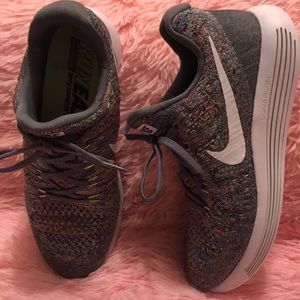 Womens Nike Lunarepic Low Flyknit 2 Running Shoes